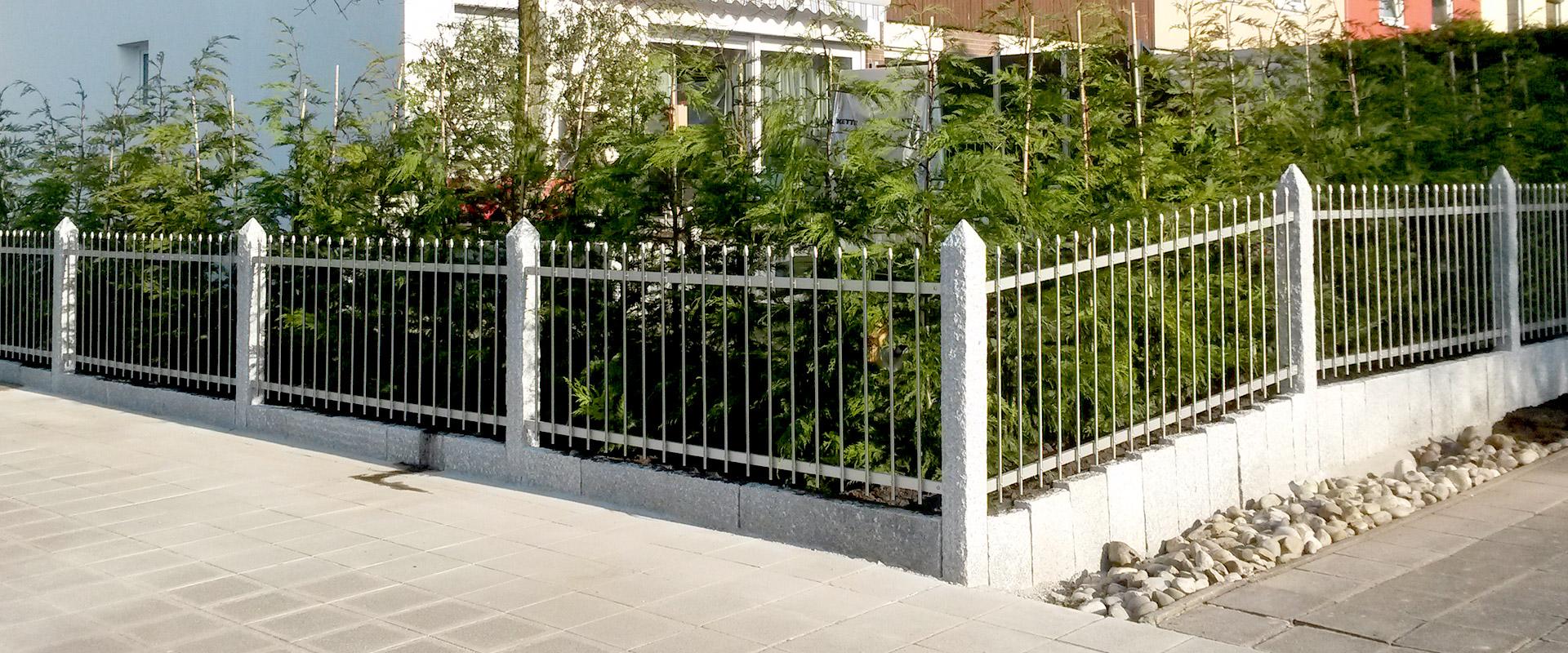 Zaun Granitsäule - Zaun mit Granitpfosten setzen