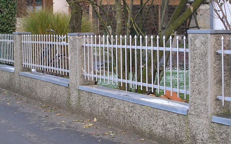 Zaunsystem GARDA - Zaun maßgenau im Bausatz - Seiler Zaun Design