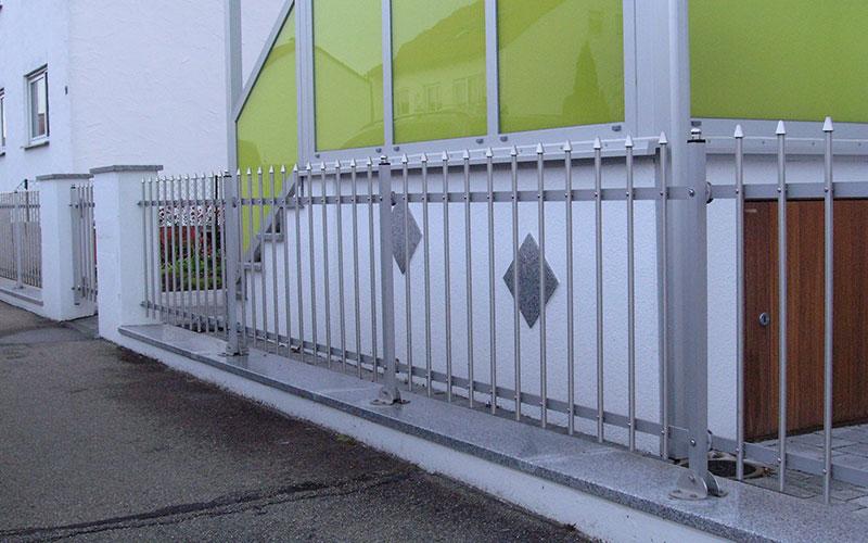 Zaun 90 cm hoch + Bodenabstand