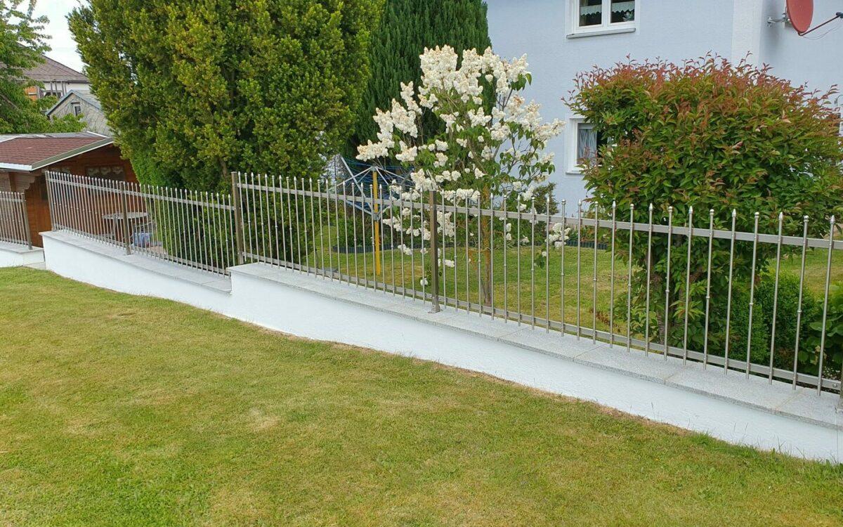 Langlebiger Gartenzaun aus stabilem und nichtrostendem Edelstahl